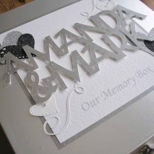 Keepsake box anniversary names and solid hearts
