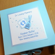 Keepsake box baby memorial footprints & teddy label blue