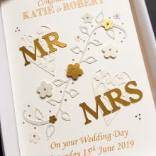 Wedding lace hearts Mr & Mrs gold